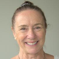 Dr Robyn Cameron